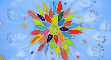 Selyemfestéssel a gyógyulásért