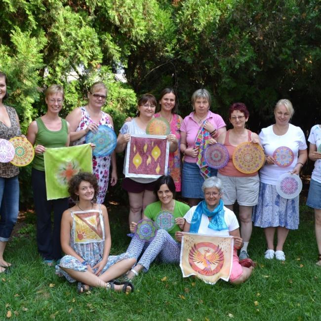 Mandalafestő alkotótábor Romhány 2016 csoportkép