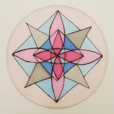 Az első önállóan tervezett mandala selyemre festve