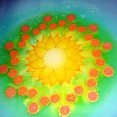 Személyre szóló mandala, kontúrozóval belerajzolás