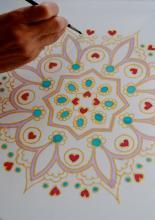 Selyem párnahuzat festése, részlet